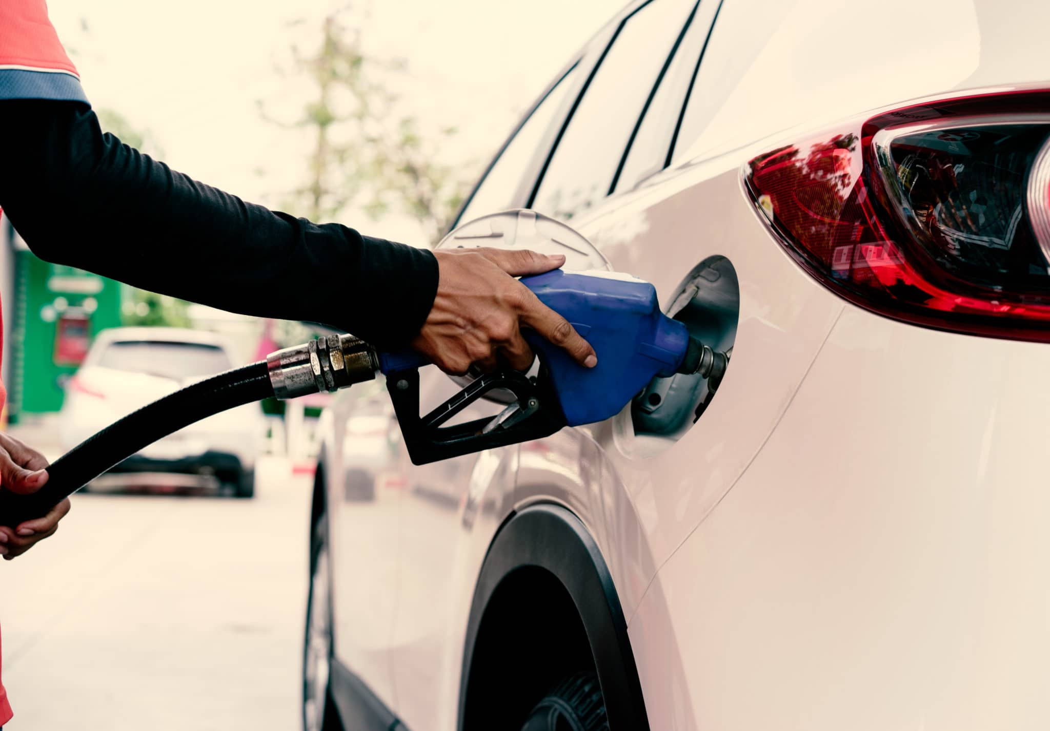 Car,Refuel,In,Gas,Station,:,Selective,Focus,On,Hand